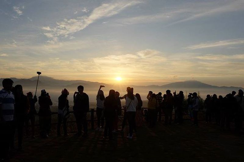 First Sunrise at Pai│2016.01.01 Chiangmai Pai チェンマイ パーイ Thailand Travelphotography Ig_life 写真好きな人と繋がりたい ASIA ツーリング Firstsunrise Sunrise Happynewyear Maehongson 初日の出 云来 Yunlai Thetourist Spotted In Thailand