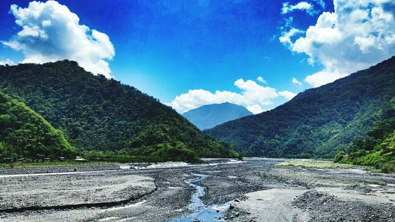 Mountains Mountain View Sky And Clouds Beautiful View Beautiful Nature Check This Out River View Enjoying Life Photography Enjoying The View