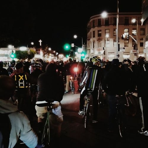 #CriticalMass #LA #fixedgear #bike #culture #unknownbikes #leaderbikes Bike Culture La Fixedgear Criticalmass Unknownbikes Leaderbikes