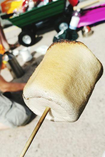 Toastingmarshmellows Toasted Marshmallow Onthebeach Kellykettle Fire Yummy