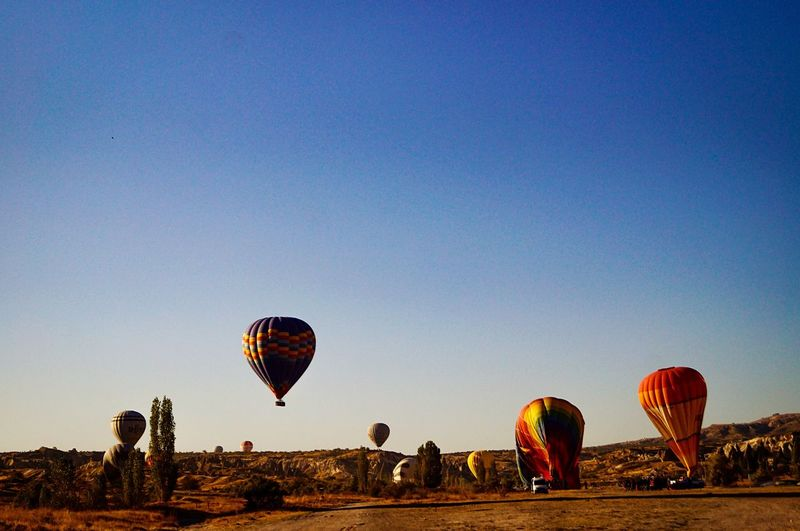 Air Vehicle Sky Hot Air Balloon Transportation Nature Mid-air Flying Adventure Clear Sky Travel Environment Low Angle View Ballooning Festival Multi Colored Tourism EyeEmNewHere