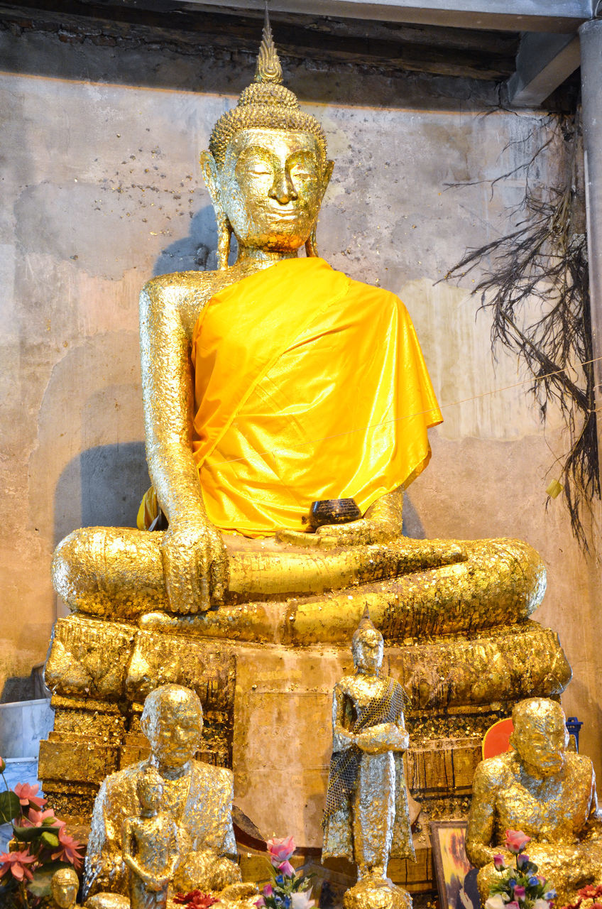 religion, statue, spirituality, male likeness, human representation, gold colored, sculpture, golden color, idol, gold, place of worship, low angle view, no people, day, indoors