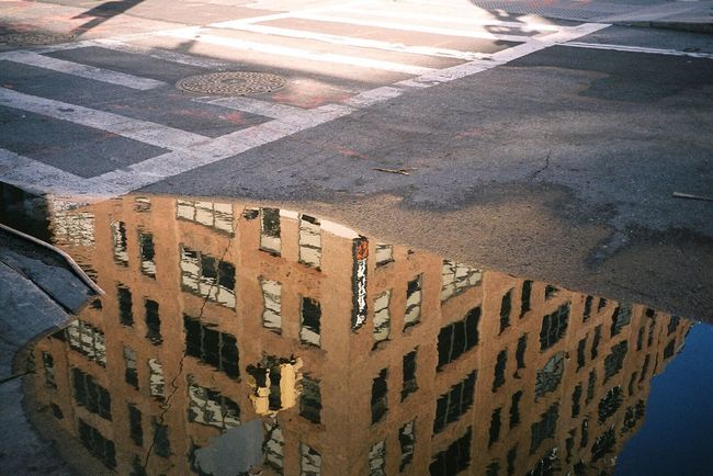 💦 NYC Puddle 35mm Filmisnotdead Streetphotography Analogue Photography Reflection TakeoverContrast The City Light