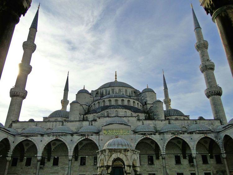 Traveling Arround The World Turkey Istanbul Sultanahmet Blue Mosque Mezquita Azul Mosque Istanbul Turkey Istanbul City