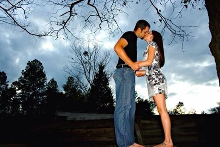 First Eyeem Photo The Roof Reserve Engagement PhotoShoot Natural Lighting Photography Documentary Style Photography