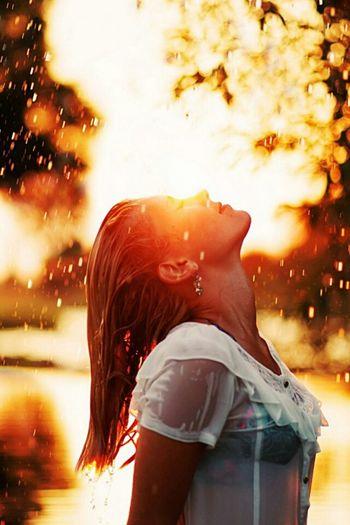 Pluvia Wet Hair Autumn🍁🍁🍁 Taking Photos Freedom Hanging Out Girl Ascending Blue Sky Hello World Enjoying Life Scenic Love Wiltshire Eyyem Child Model Girls Hastag  Blue Eyes Curly Hair Eyyem Modelgirl Baby ❤ Florida Model Girl