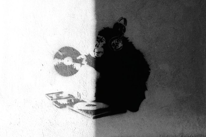 Street Photography Taking Photos EyeEm Hello World Black And White Light And Shadow Streetphotography Eye4photography  Monkey Dj