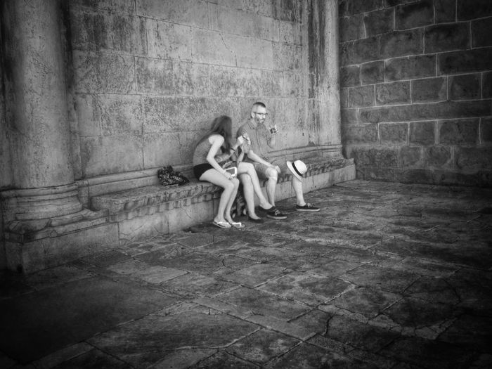 Streetphotography Relaxing Black & White Streetphoto_bw Titov trg Koper Hot summer day
