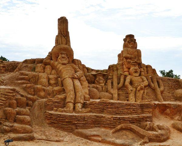 Sculpture Sand Sculptures Imagination Sand Sculpture Sand Sculpture Park No People Art Lucky Luke
