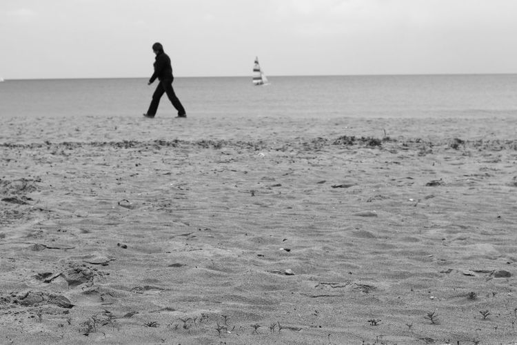 Beach Black & White Black And White Photography Blackandwhite Horizon Over Water Nature Normandy Outdoors Sea Silhouette Tranquil Scene Walking Water