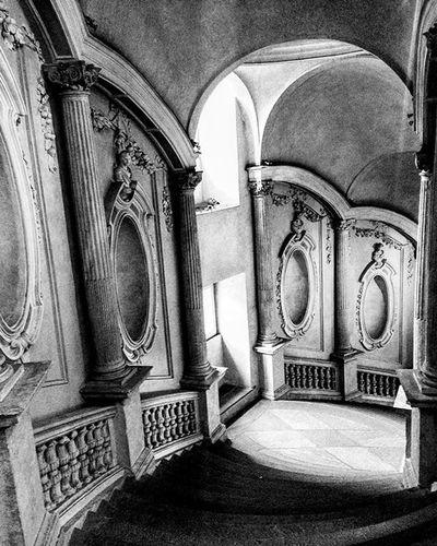 •• Scala Principale, Palazzo Carignano 👑📍•• Special spot of this week ‼️Bestoftheday Tovisitlist Stairstoheaven History Museum Museo Turinguide Turin Turim Turinheart Turingram Pocketguide Mobileguide Iphoneguide Torino Torinoguide Torinocasamia Torinoigers Torinopics Torino2015 Bwphotography Pebphotography Oldstyle
