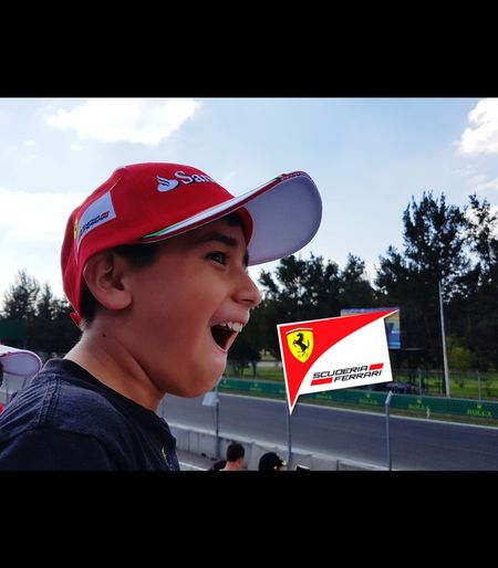 Scuderia Ferrari Awesome Experience First Time Ever ! Mexico City Formula 1 Headwear One Person Formül