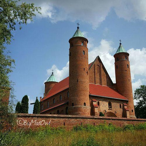Architecture Hanging Out Building Church Landscape EyeEm Best Shots