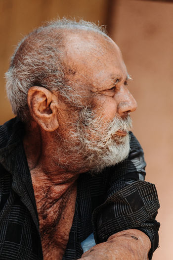 One Person Real People Facial Hair Senior Adult Males  Adult Beard Men Senior Men Lifestyles Looking Indoors  Wrinkled Headshot Looking Away Close-up Casual Clothing Front View Portrait Contemplation Mature Men White Hair Warm Clothing The Portraitist - 2019 EyeEm Awards