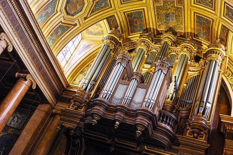 Pipe Organ in