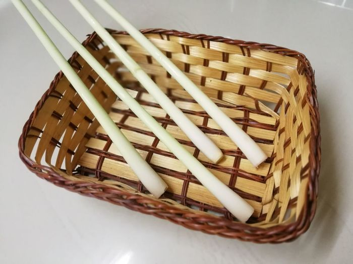 Lemon grass on bamboo basket for cooking Herb Vegetable Lemon Grass Picnic Basket Basket Whicker Close-up Served Shopping Basket Bamboo - Material Wooden Raft