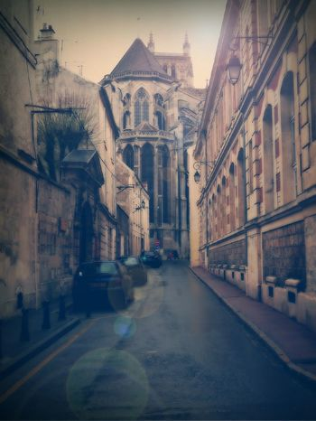 Street in Beaux (France 77) Cathedral Church City City Street Meaux Outdoors Religion Street