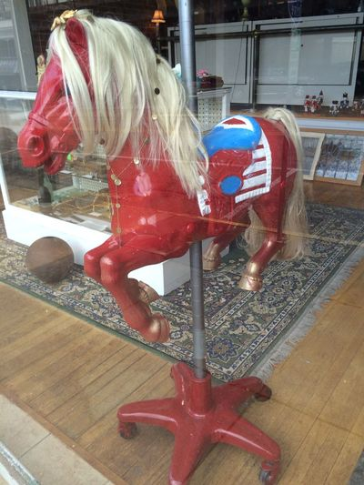 Red Horse Window Shopping