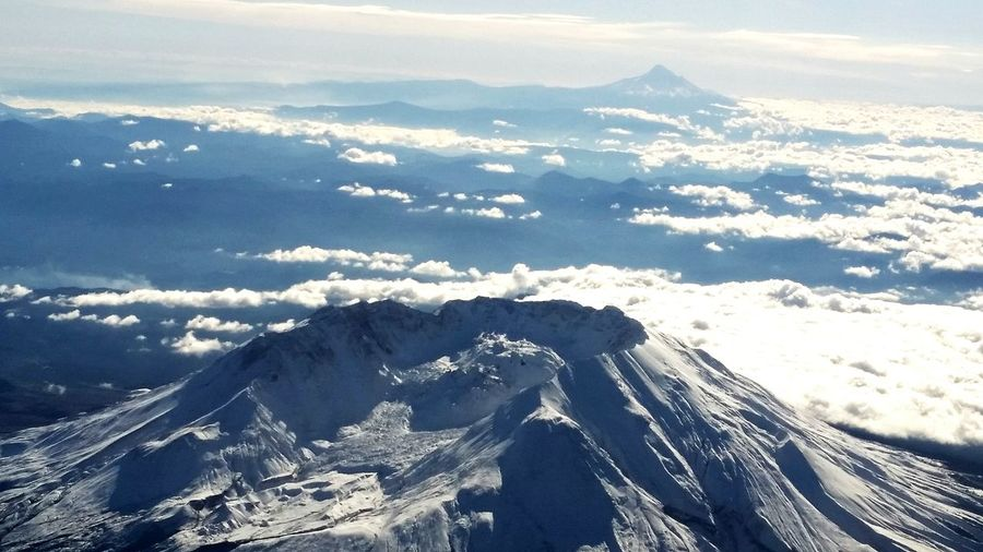 Scenic view of snowcapped mount st helens