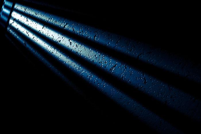 カーテンの隙間から差し込む光。 Blue Close-up Dark Eye4photography  EyeEm Best Shots EyeEm Gallery Focus On Shadow FUJIFILM X-T10 Fujifilm_xseries Full Frame Light Light And Shadow No People Pattern Textured  カーテン 光 天井 隙間