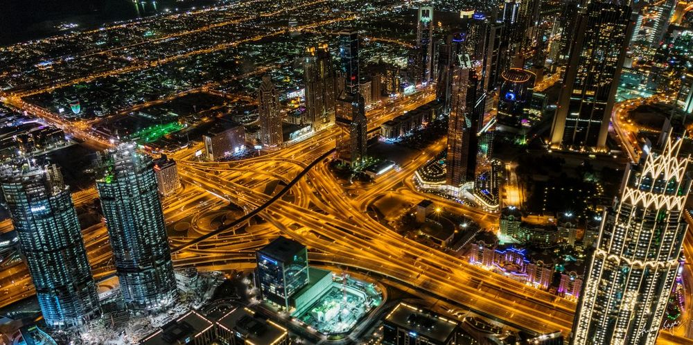 'The Centre of Now' - Downtown Dubai 💖 Emaar Emaarsquare The Address EyeEm Selects Dubai Burj Khalifa At The Top Cityscape Sheikh Zayed Road Heart Dubai❤ Dubaicity DubaiMall Downtown Dubai Illuminated Night Light Trail High Angle View No People Outdoors Cityscape City Architecture EyeEmNewHere