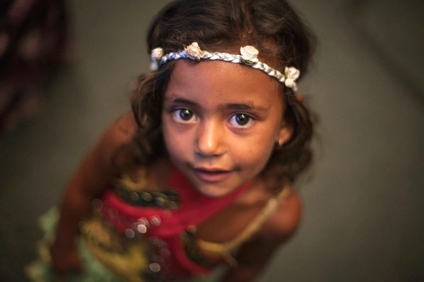 EyeEmNewHere Gipsy Child Childhood Looking At Camera Real People Portrait People
