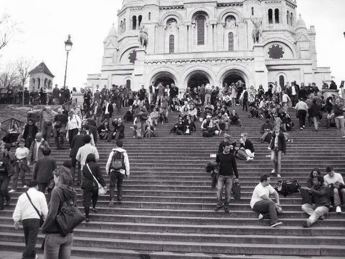 Large Group Of People City Building Exterior Religion City Life Built Structure Architecture Real People Adults Only Men Women People Crowd Adult Sky Sacre Coeur Sacré Coeur, Paris Sacre Coeur France Paris, France  EyeEm Gallery EyeEm Best Shots - Black + White Blackandwhite Black And White Montmartre