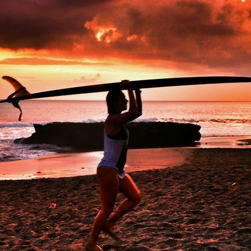 Enjoying Good Swell in Bali with my great friends 🌞😍🌏🌍🌎💓👉🏄🌊☺☝☝ indonesia batubolongbeach beach surf surfing girl waves rock oldmans sunset instagood warrenjc love happy fun