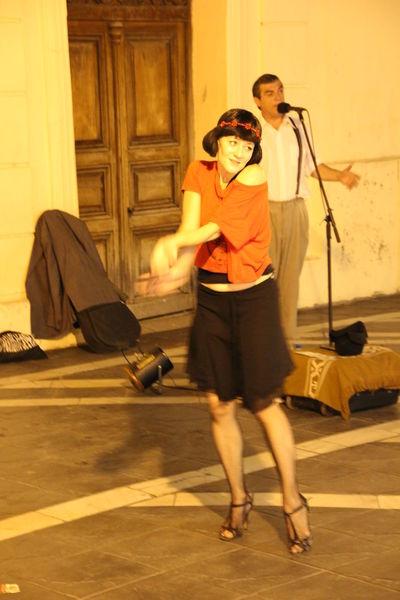 Córdoba Street Artist Tango Streetdancing Argentina Real People Tango Tango Dancers