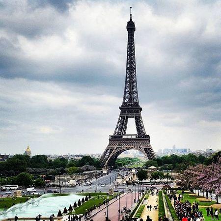 Paris France Eiffeltower Clouds Grey Green Placetobe Julesverne Imagination Panorama Travel Instatravel TripAdvisor VSCO Vscocam