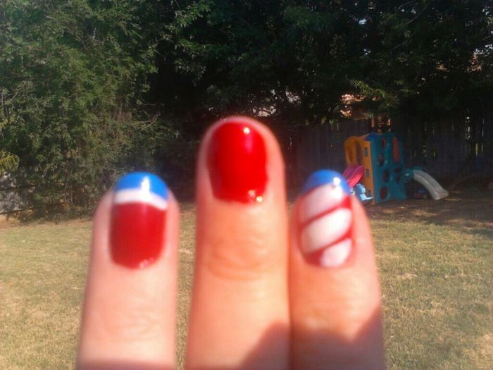 4Th Of July Fingernails So Pretty<3 Red, Whie & Blue