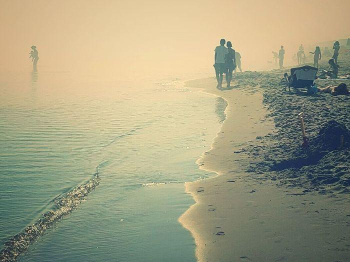 Sunbathing in da fog Two Is Better Than One