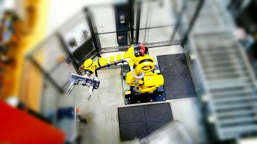 Safety Protection Working Industry EyeEm Best Shots No People Industry Robot Robots Yellow Robot Factory Factoryfetish Factory Building Factory Zone Automation AutomationFactory Automations Robotic Arms Robotic_competetion Robotics Machines