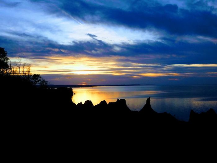 A perfect night sky Sunset Horizon Over Water Water No People Nature Outdoors Landscape Hike Chimney Bluffs Upstate New York The Great Outdoors - 2019 EyeEm Awards