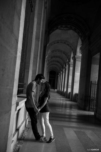 Love♡ Lovelovelove Louvre Love Paris, France  Wedding The Street Photographer - 2015 EyeEm Awards Blancetnoir Eyeemfrance Weding Dress