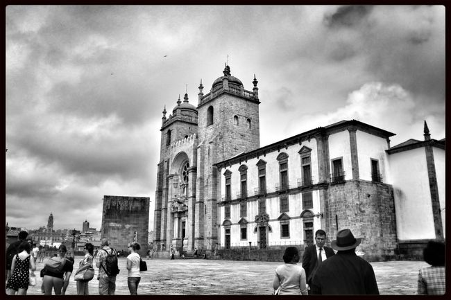 Streetphotography Monochrome Taking Photos Cathedral