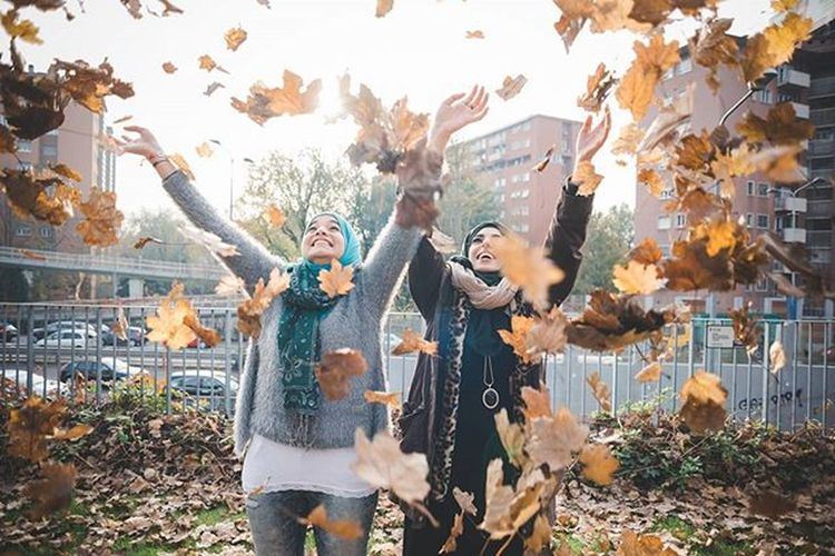 Portrait of the beautiful Sara and Esraa one year ago in Autumn time - exclusive on @imagesource Visualauthority Vscoauthentic Muslim beautiful Autumn Hot_shotz Under3kyo Wwim12pop Woman Visualoflife Theimaged Portraitpage Folkportraits Inspirationcultmag Vscoportrait Featureacreature Igpodium_portraits Epokalmag Vscoaward Creativecloud Editoftheday Fashionoftheday Photooftheday Pursuitofportraits Lightroom everydayfoto peoplescreatives lookslikefilm xelfies ftmedd @viaualauthority @livefolk @nikontop @vscoauthentic @the_artistsway @vscogood_ @MobileMag @superhubs @visualoflife @photogrist @igPodium @portraitpage @inspirationcultmag @theimaged @instagram @igersmilano @igersitalia @vscoportrait @folkportraits @pursuitofportraits @everyday_italy @rarenibra