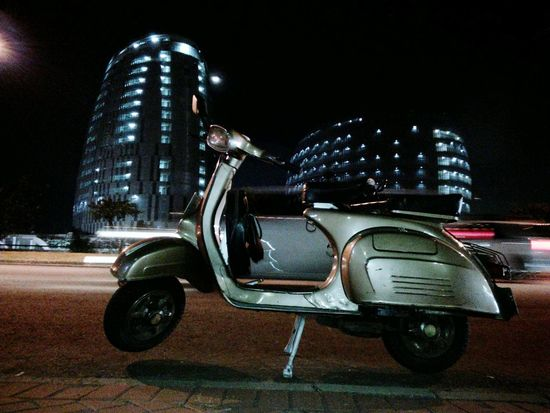 Vespa Vespa Indonesia Vespavintage Vespaclassic Vehicles On Road Outdoors Land Vehicle No People Sommergefühle