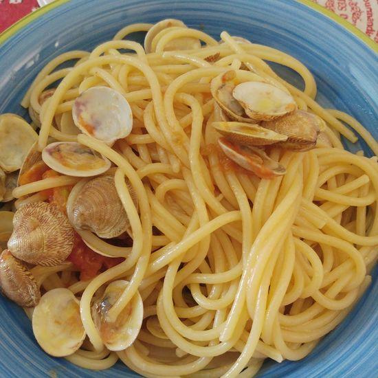 Spaghetti ai frutti di mare Spaghetti Seafood Foodporn Foodphotography Food Pasta Awe