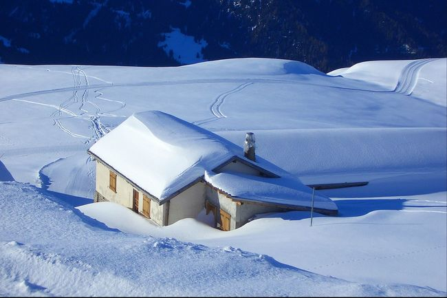 Snow Buried In Snow Switzerland Verbier Blue White Out Amazing Photo Amazing Place Natural Beauty Colour Of Life