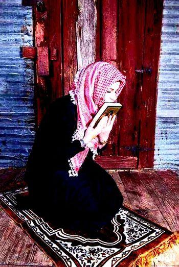 Muslim Girl WOW Eyeem Qurhan First Eyeem Photo