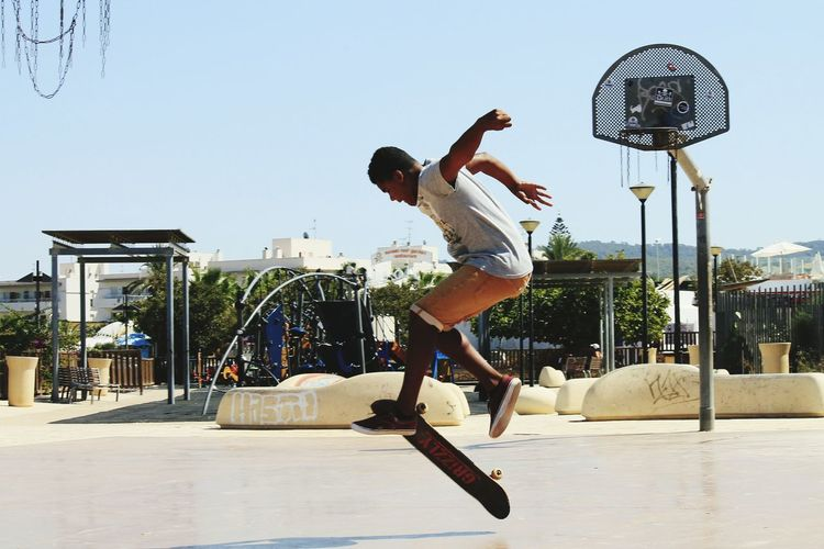 Adrenaline Junkie Skateboarding Arrow Model World In Motion My Student Life Youth Of Today Ibiza Photography In Motion