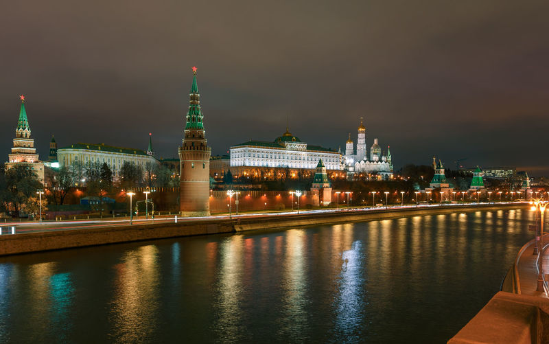 Night view over the Moskva river to the Moscow Kremlin Building Exterior Built Structure Architecture Water Night Illuminated Building City Sky River Reflection Religion Place Of Worship Travel Destinations Waterfront Nature No People Outdoors Government Moscow Kremlin Kreml Kremlin Palace Nightscape