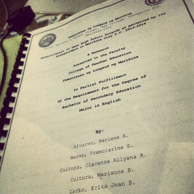 Reviewing for tomorrow's defense. Magdala ng kutsilyo! Depensahan ang thesis! <///3
