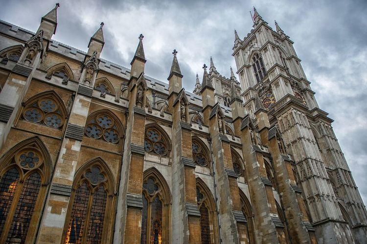 Cloud - Sky Architecture Low Angle View Religion History Sky Place Of Worship Building Exterior Built Structure Spirituality Travel Destinations Day Outdoors No People Westminster Abbey Westminster London England Europe Great Britain Großbritannien Church Cathedral Historic Landmark