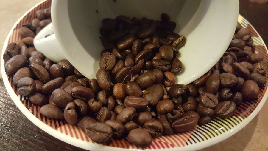 EyeEm Selects No People No Filter Koffee Koffie! EyeEm Selects Food And Drink Large Group Of Objects No People Indoors  Close-up Roasted Coffee Bean Still Life Coffee - Drink Indoors  Coffee Bean Freshness Brown Raw Coffee Bean Roasted Day