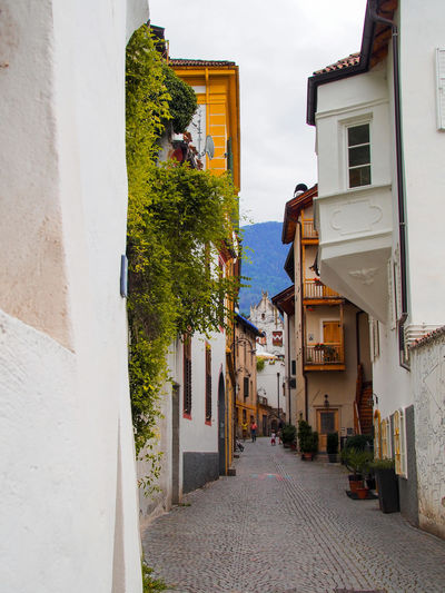Alley Alleyways
