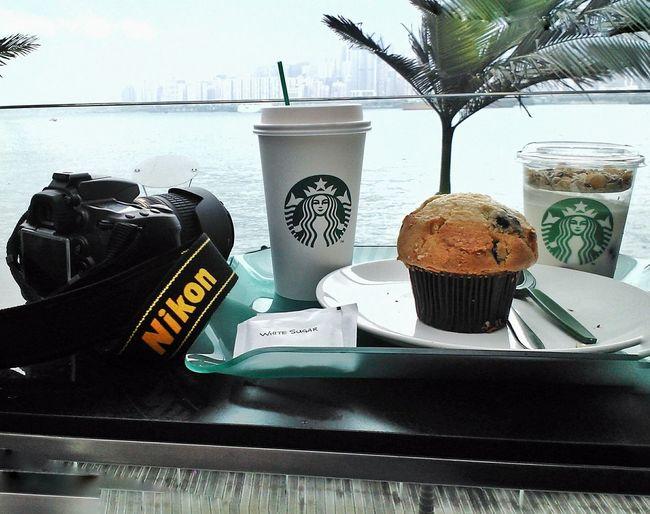 Menikmati siang yang indah bersama mereka iya mereka Coffee ☕ Yogurt♡♡♡♡♡ Nikon D90 @starbuck Starbucks