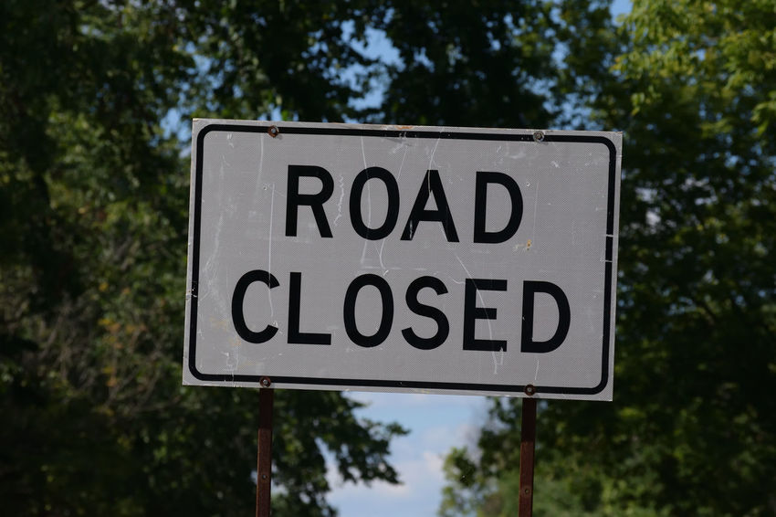 Signs Taking Photos Travel Photo Pictures Road Closed Sign Road Sign Stop
