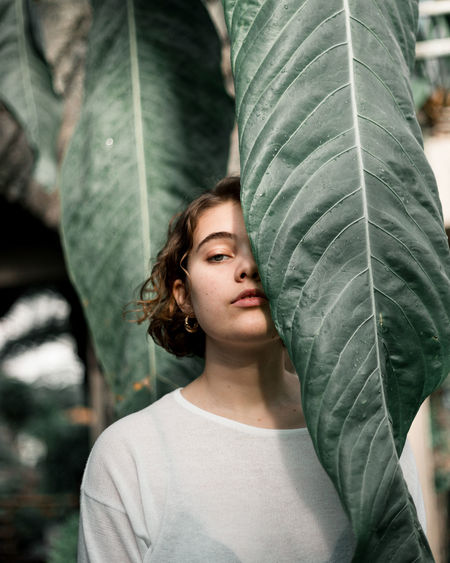 Trinity Botanical Gardens Green Green Color Makeup Portrait Of A Woman Portraits Beauty Close-up Day Focus On Foreground Greenhouse Leaf Nature One Person People Portrait Portrait Photography Young Adult EyeEmNewHere Inner Power The Portraitist - 2018 EyeEm Awards